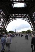 Under La Tour Eiffel